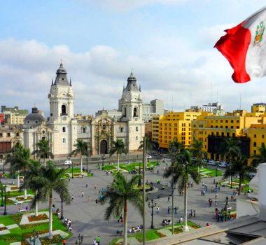 plaza-de-armas-peruvian-tours